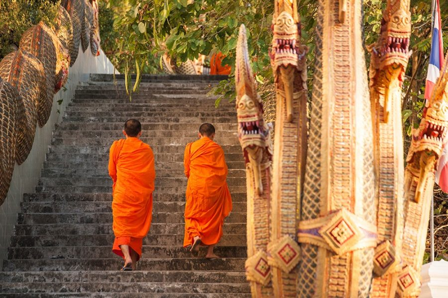 barefooted-buddhist-monks-in-chiang-mai-thailand_HPo69ydnMx_edited